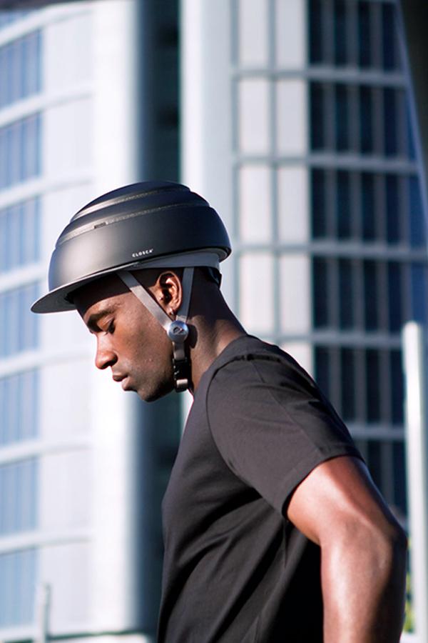 Closca helm zwart sfeer5
