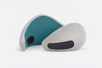 Ostrich Pillow Go nekkussen Blue Reef zijkant